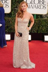 Oh, so-Hollywood ! Isla Fisher in Reem Acra.