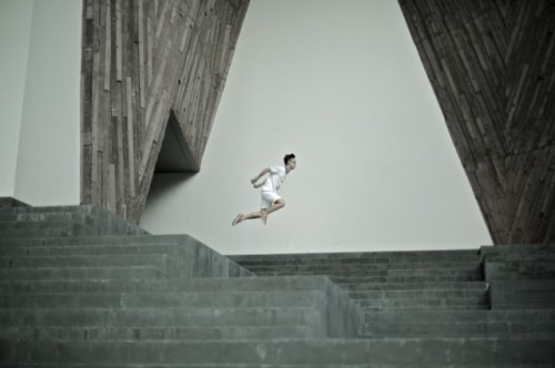 Levitating-around-Singapore-4-640x426