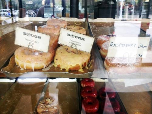 dough donuts luxirare.com