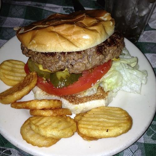 JG Melons' burger luxirare.com