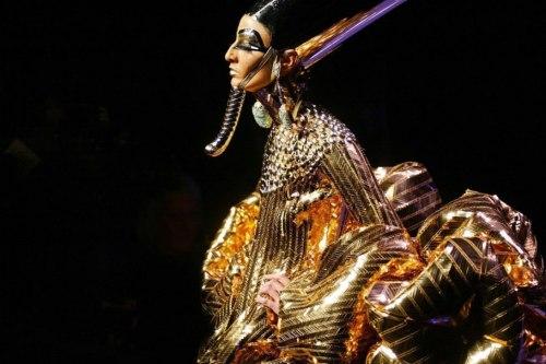 egyptian goddesses ss 2004 dior couture vanityfair.com