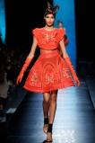 jean-paul-gaultier-spring-2014-couture-runway-15_122016516281