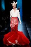 jean-paul-gaultier-spring-2014-couture-runway-21_122021993778